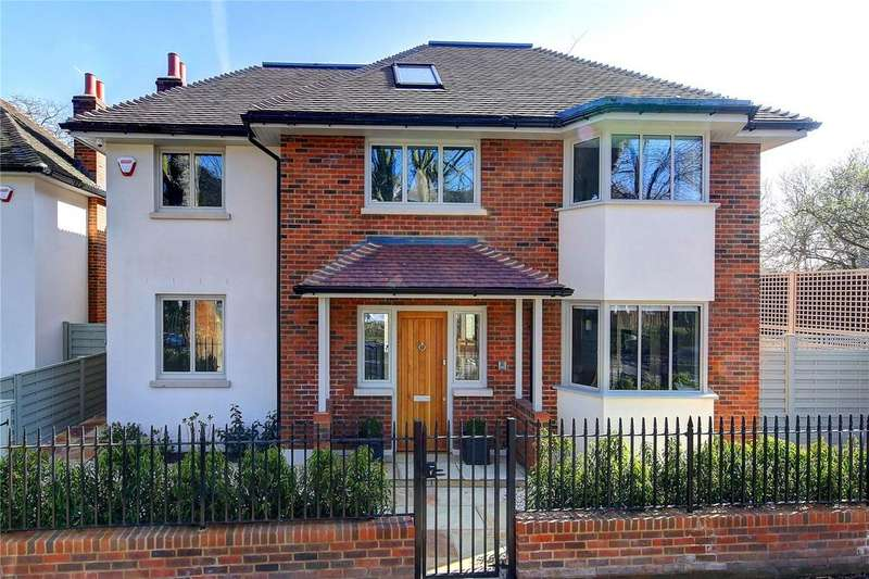 4 Bedrooms Detached House for sale in Hertford Avenue, London, SW14
