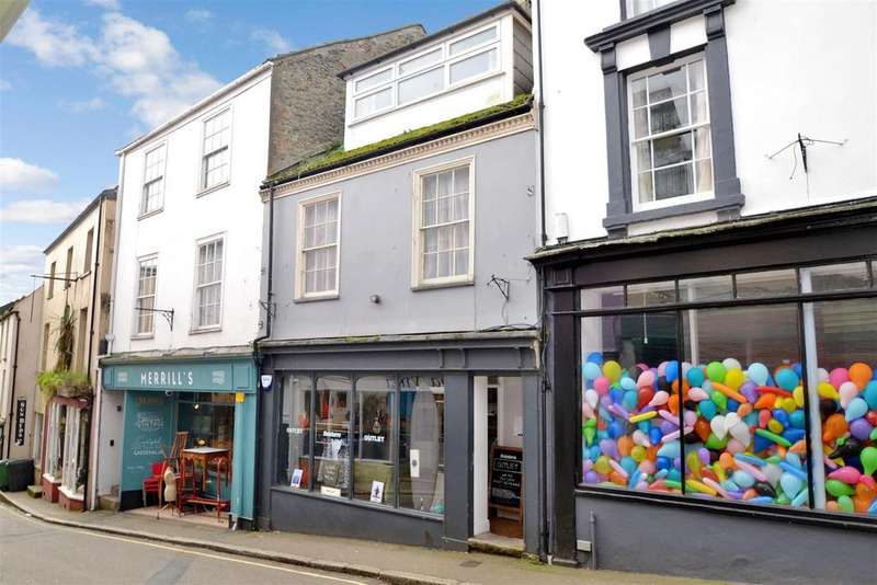 2 Bedrooms Apartment Flat for sale in High Street, Falmouth