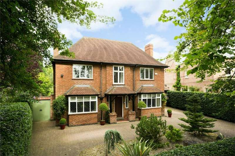 5 Bedrooms Detached House for sale in 22 The Horseshoe, YORK