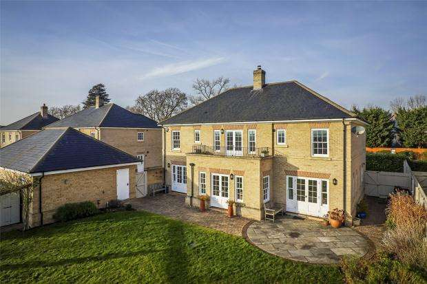 5 Bedrooms Detached House for sale in Cambridge Road, Wimpole, Royston, Cambridgeshire