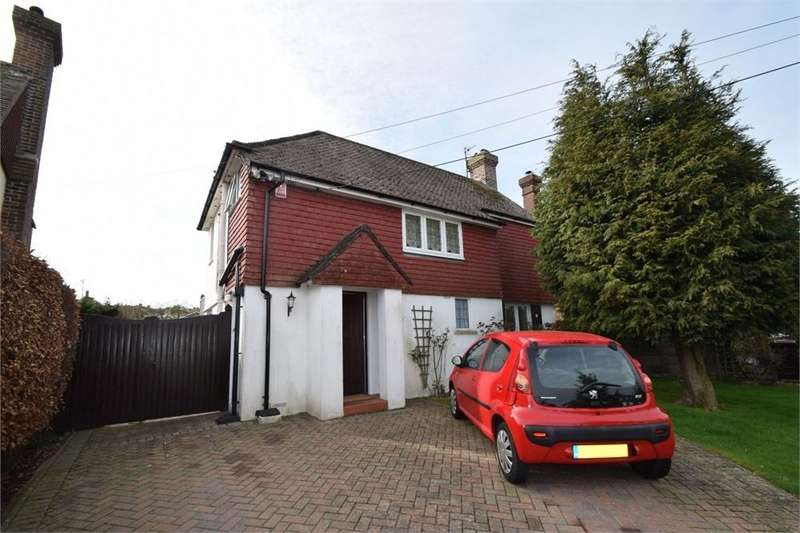 3 Bedrooms Detached House for sale in Huggetts Lane, Willingdon, East Sussex