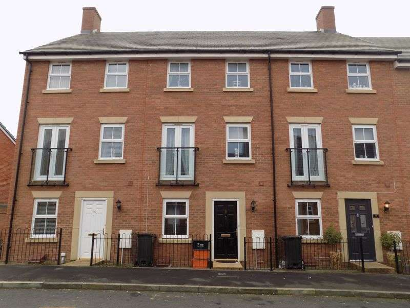 4 Bedrooms Terraced House for sale in Wharncliffe Street, Redhouse