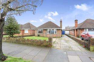 3 Bedrooms Bungalow for sale in Palatine Road, Goring-By-Sea, Worthing, West Sussex