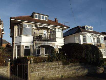 5 Bedrooms Maisonette Flat for sale in Bournemouth, Dorset