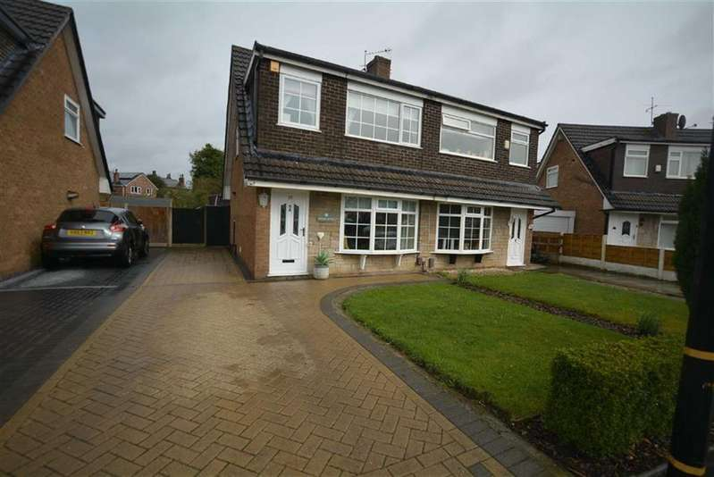 3 Bedrooms Semi Detached House for sale in Arundel Avenue, Manchester