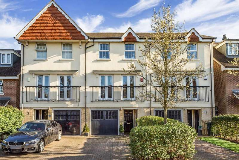 3 Bedrooms Terraced House for sale in Abbey Drive, Bexley Park