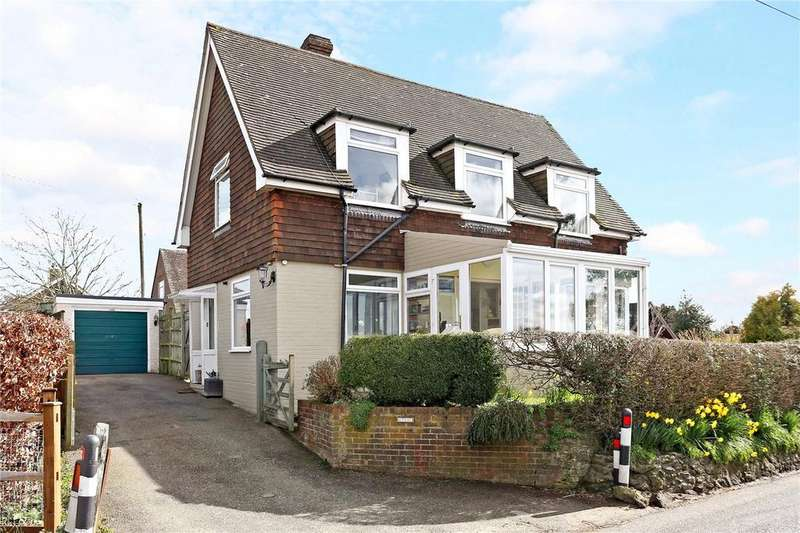 3 Bedrooms Detached House for sale in North Street, Rogate, Petersfield, GU31