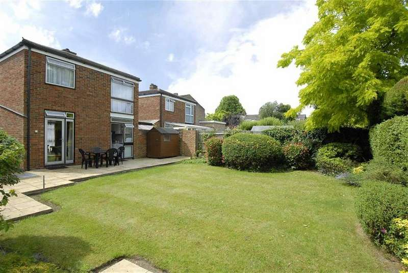 3 Bedrooms Detached House for sale in Matfield Close, Bromley, Kent