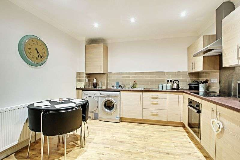 2 Bedrooms Flat for sale in Bluebell Court, Barton-Upon-Humber