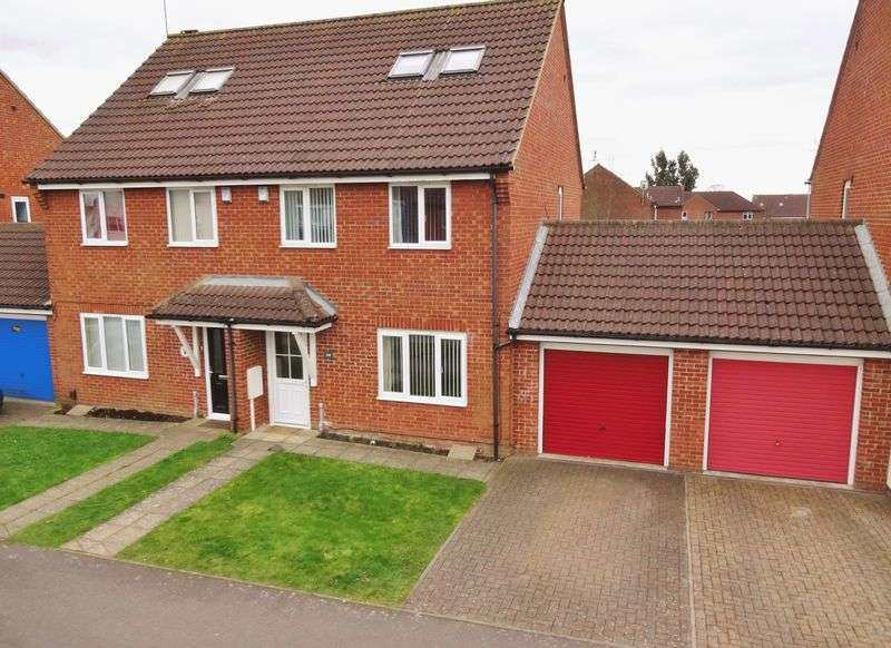 3 Bedrooms Semi Detached House for sale in Pen Green Lane, Corby
