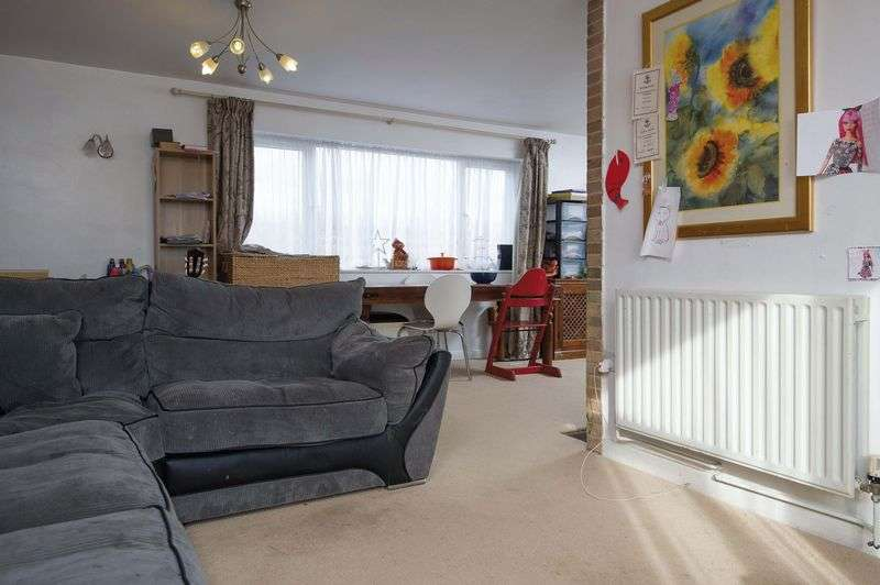 4 Bedrooms Detached House for sale in Kimbolton, Cambridgeshire