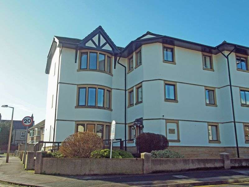2 Bedrooms Flat for sale in Princes Court, Bare Lane, Morecambe