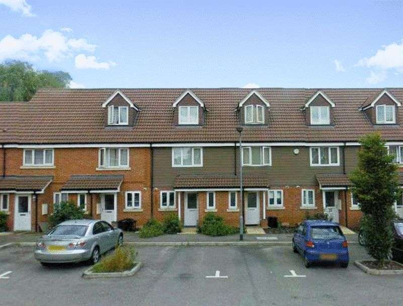 3 Bedrooms Terraced House for sale in Buttercup Close, Northolt