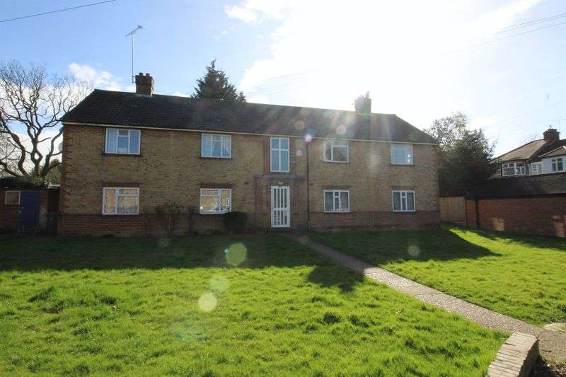3 Bedrooms Flat for sale in Middle Dene, Mill Hill, NW7