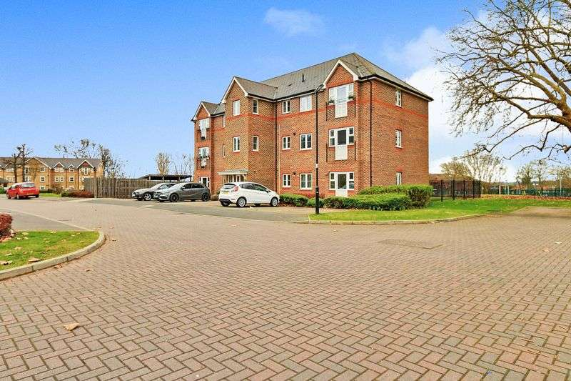 1 Bedroom Flat for sale in Eastman Way, Epsom. KT19 8FH