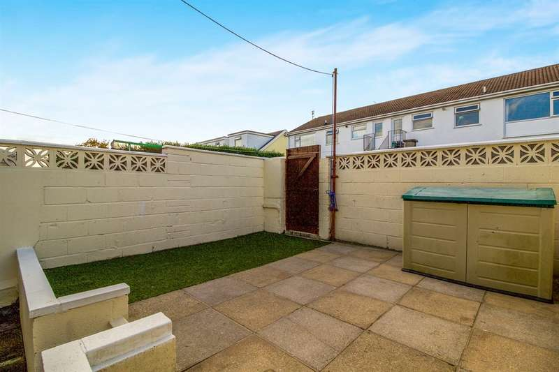 3 Bedrooms End Of Terrace House for sale in West End Avenue, Porthcawl
