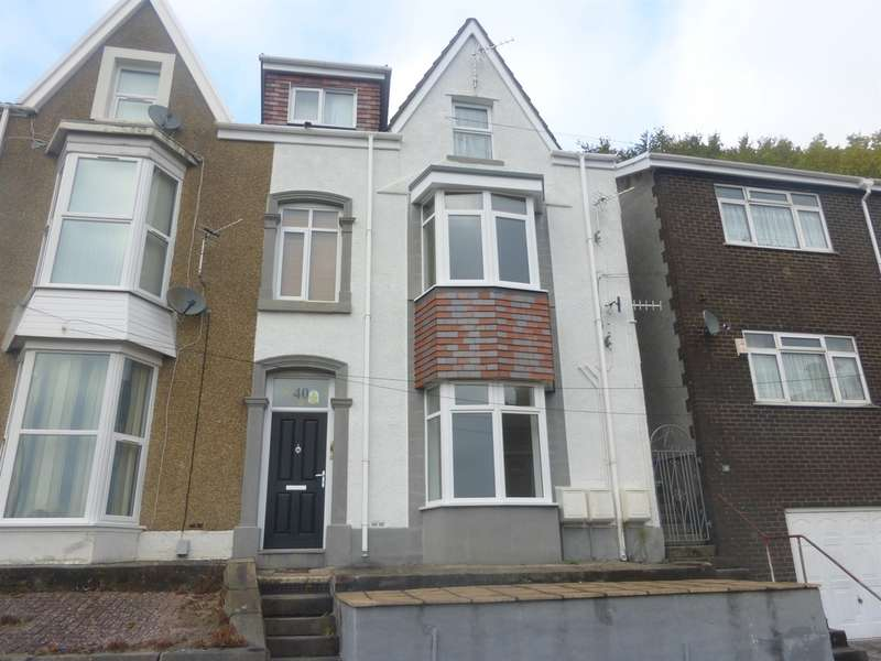 2 Bedrooms Ground Flat for sale in Heathfield, Swansea