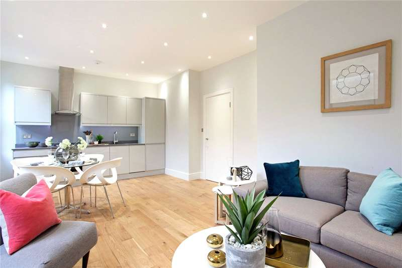 2 Bedrooms Flat for sale in Clewer Hill Road, Windsor, Berkshire, SL4