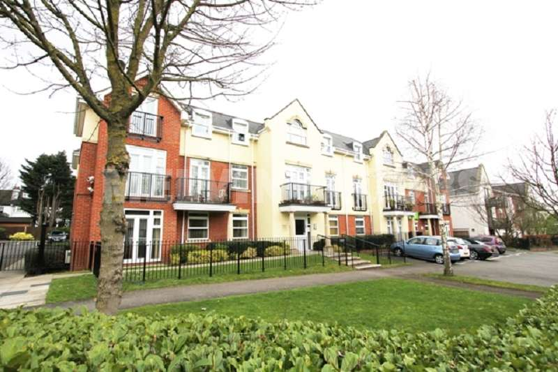 1 Bedroom Flat for sale in Mayfair Court , Stonegrove , Edgware, Greater London. HA8 7UH