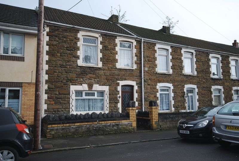 2 Bedrooms Terraced House for sale in 35 Victoria Street, Briton Ferry, Neath, SA11 2RE
