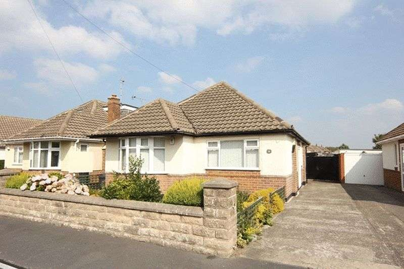 2 Bedrooms Detached Bungalow for sale in Derwent Road, Wirral