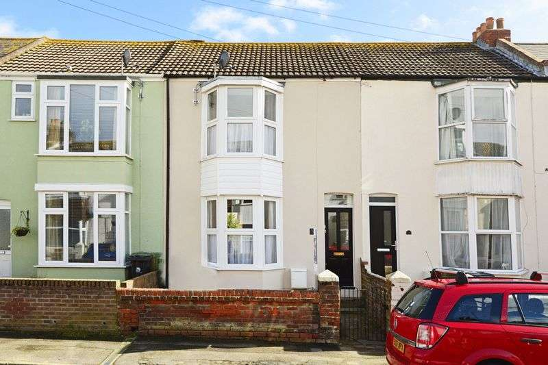 2 Bedrooms Terraced House for sale in Franklin Road, Weymouth, DT4
