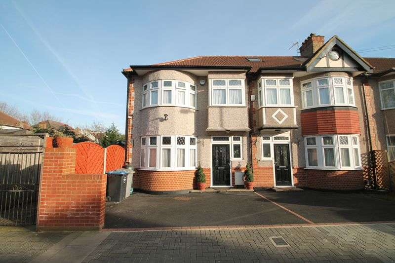 3 Bedrooms Terraced House for sale in Elms Park Avenue, Wembley