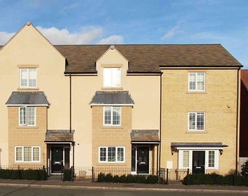 3 Bedrooms Terraced House for sale in Cherryholt Road, Stamford