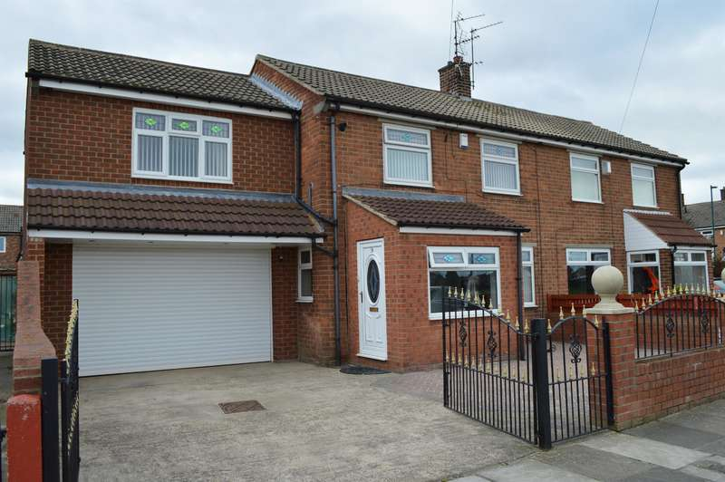 3 Bedrooms Semi Detached House for sale in Rydal Avenue, Grangetown, Middlesbrough, TS6 7QF