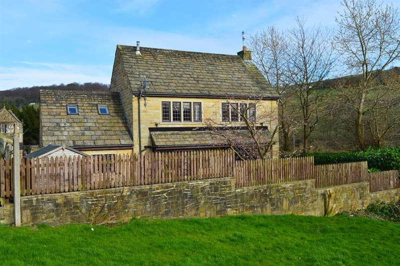 4 Bedrooms Detached House for sale in Luddendenfoot, Halifax, HX2 6NW