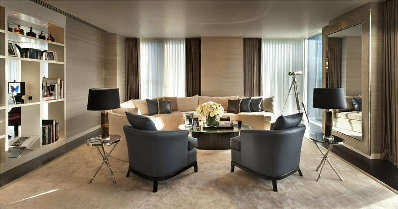 2 Bedrooms Flat for sale in The Heron, Moor Lane, Barbican, London, EC2Y