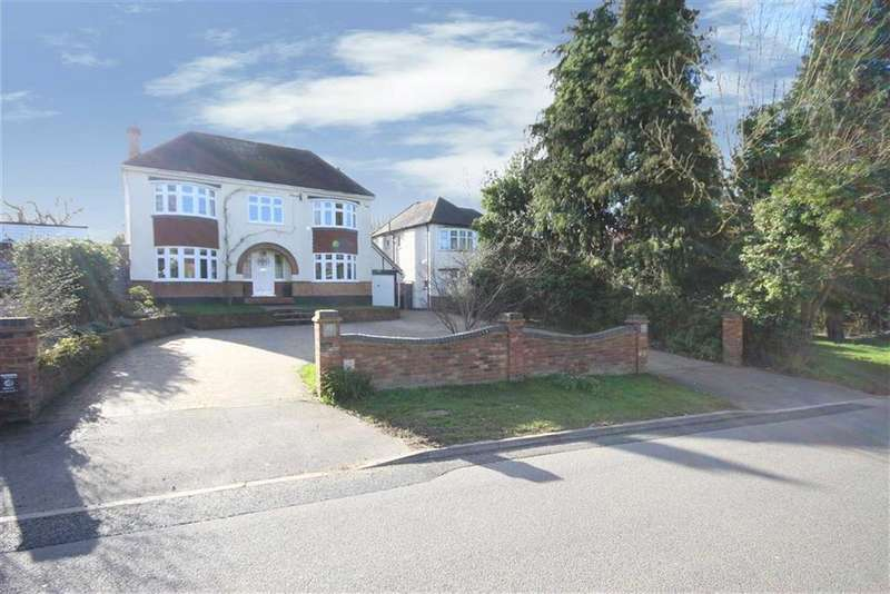 6 Bedrooms Detached House for sale in Galley Lane, Arkley, Hertfordshire