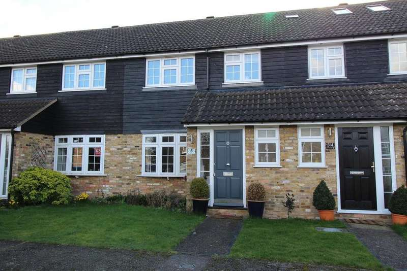 3 Bedrooms Terraced House for sale in Southview Cottages, Orsett Village, Essex, RM16