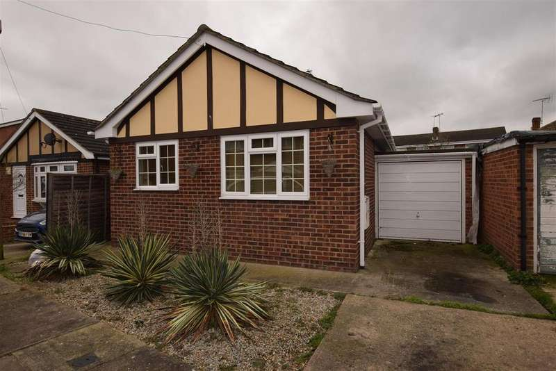 1 Bedroom Detached Bungalow for sale in Nevada Road, Canvey Island