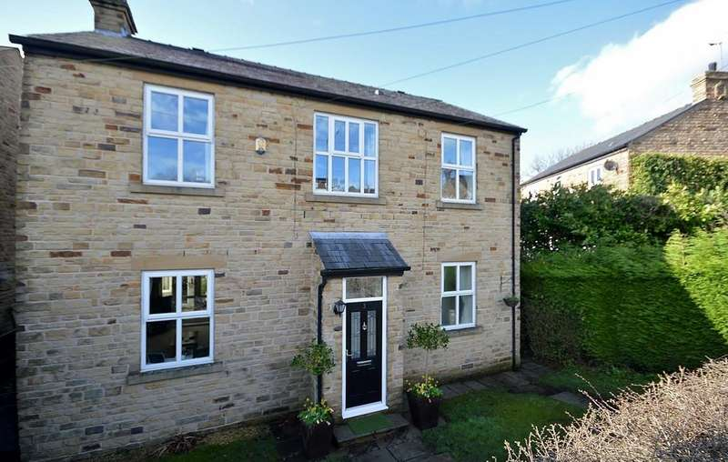 4 Bedrooms Detached House for sale in Broadbottom Road, Mottram