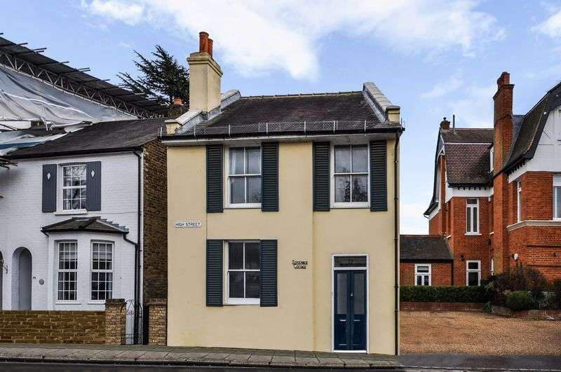 3 Bedrooms Detached House for sale in High Street, Hampton
