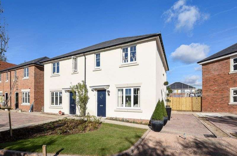3 Bedrooms Detached House for sale in Sussex Grange, Main Road, Emsworth - Former Show Home - Now Released for Sale!