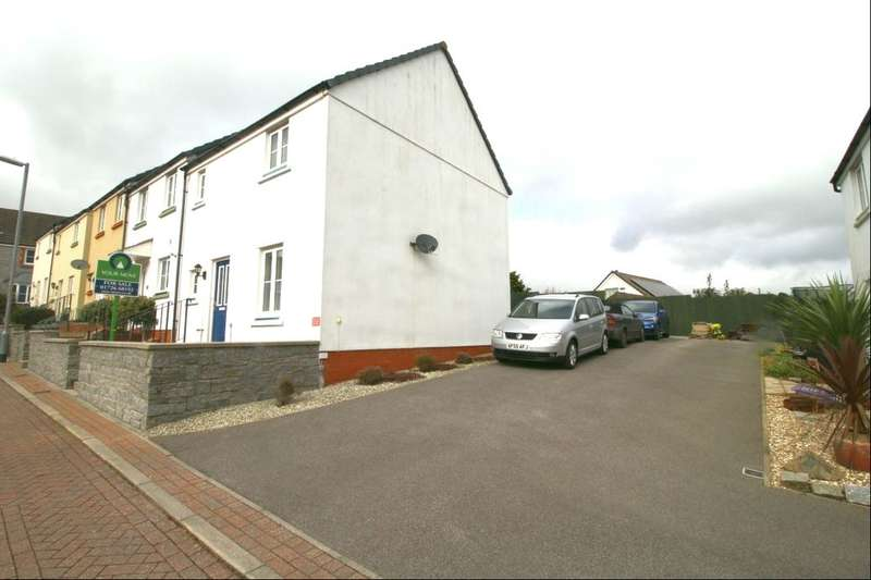 3 Bedrooms Property for sale in Keay Heights, St. Austell, PL25