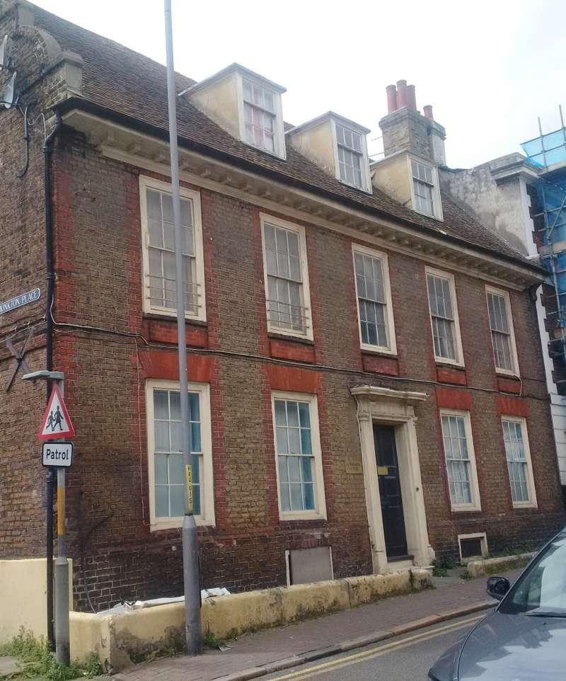 Flat for sale in High Street, Ramsgate, Kent, CT11 9UA