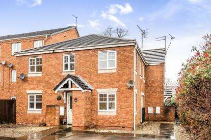 2 Bedrooms Flat for sale in Moccasin Way, Sandalwood, Stafford, Staffordshire