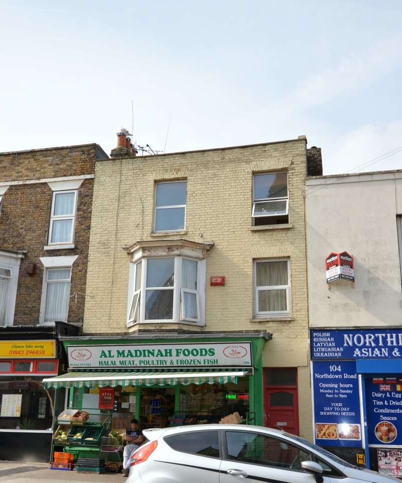 1 Bedroom Flat for sale in Northdown Road, Margate, Kent, CT9 2RE