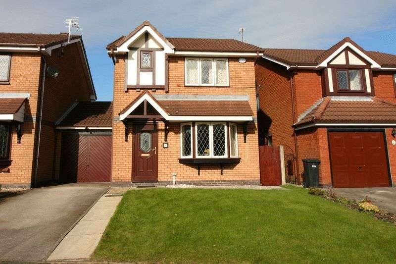 3 Bedrooms Detached House for sale in Dorket Grove, Westhoughton Bolton