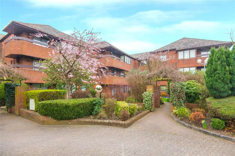 2 Bedrooms Flat for sale in Bentley Lodge, 182 High Road, Bushey Heath, WD23