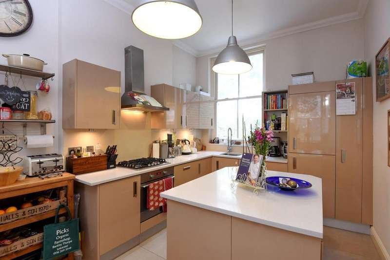 3 Bedrooms Flat for sale in Hammersmith Grove, Hammersmith, W6