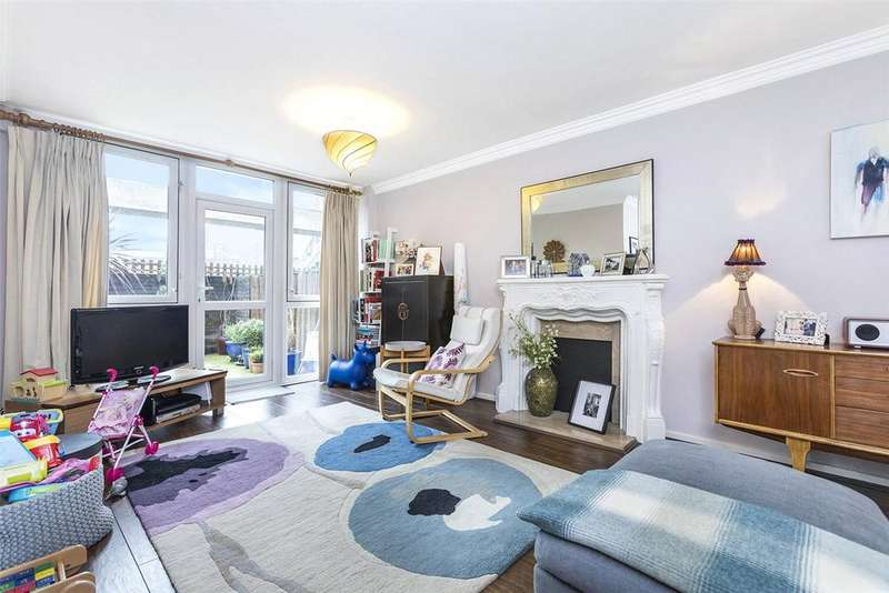 3 Bedrooms Flat for sale in Moorgreen House, Wynyatt Street, London, EC1V