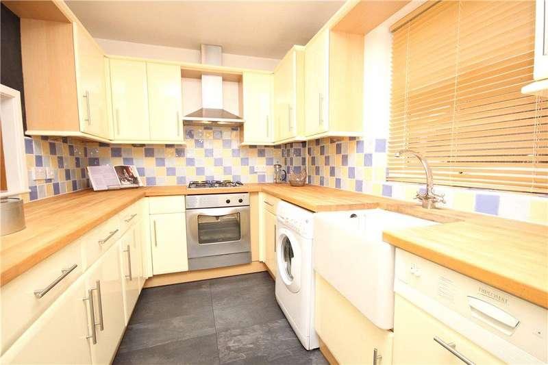 2 Bedrooms Apartment Flat for sale in Warwick House, 16 Warwick Road, Wellesbourne, CV35