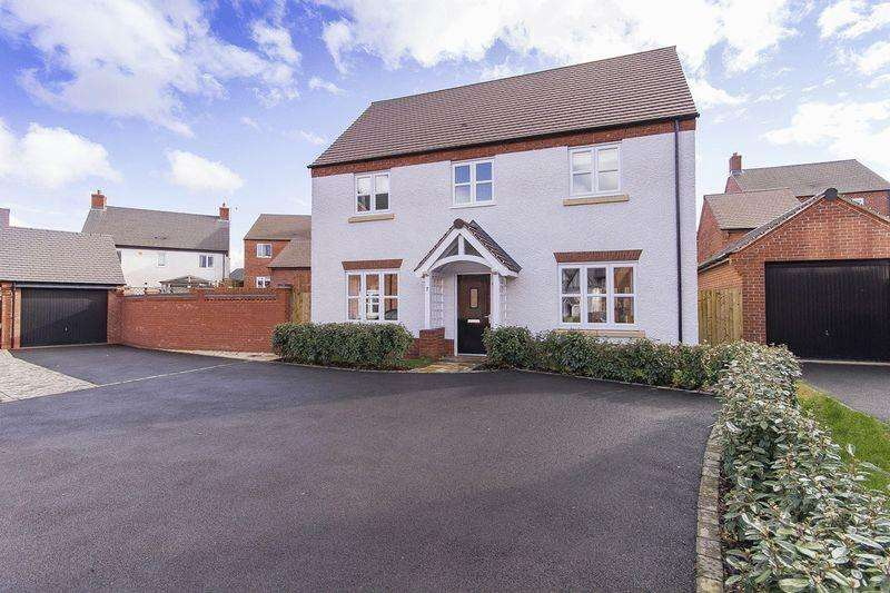 4 Bedrooms Detached House for sale in PIPER AVENUE, CASTLE DONINGTON