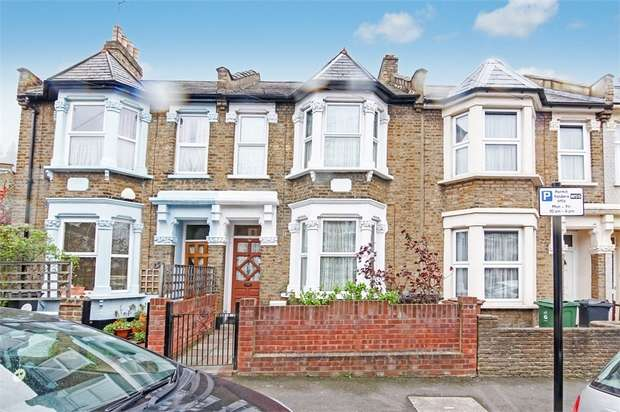 3 Bedrooms Terraced House for sale in Rosslyn Road, Walthamstow, London