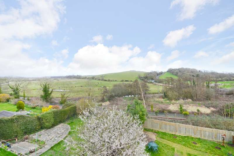2 Bedrooms Detached House for sale in Brading, Isle Of Wight