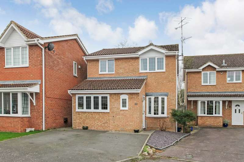 3 Bedrooms Detached House for sale in Dean Way, Aston Clinton